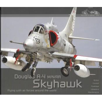 Aircraft in Detail No.14 : Douglas A-4 M/N/AR Skyhawk